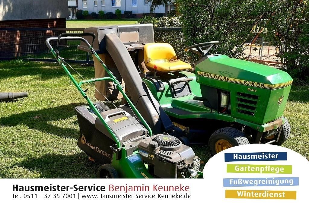 Gartenpflege, Rasen mähen für kleine und große Rasenflächen, Grünpflächenpflege, in Hannover