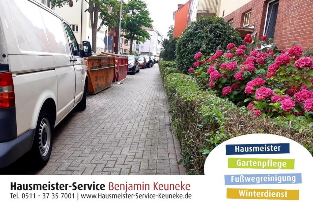 Grünpflege, Gartenservice, Gartenpflege, Gartenarbeit, Rasen mähen, in Hannover