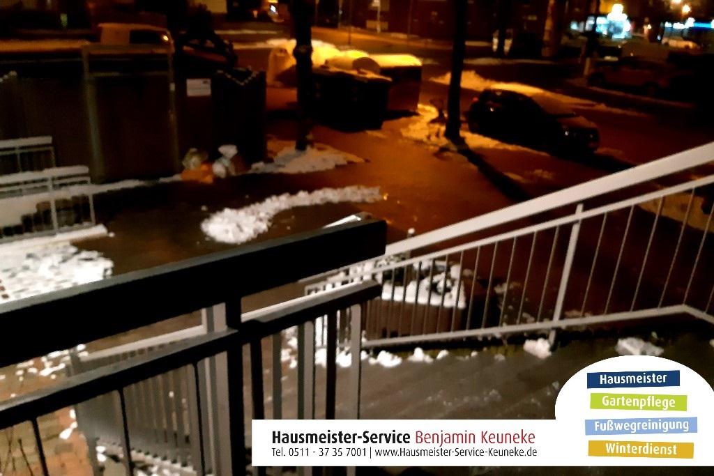 Winterdienst, Eingangstreppe, in Hannover